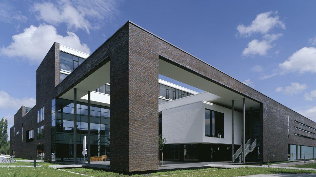 bund deutscher architekten elbcampus harburg. Black Bedroom Furniture Sets. Home Design Ideas
