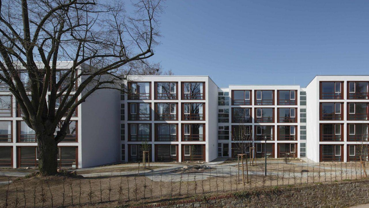 bund deutscher architekten mehrgenerationenhaus. Black Bedroom Furniture Sets. Home Design Ideas