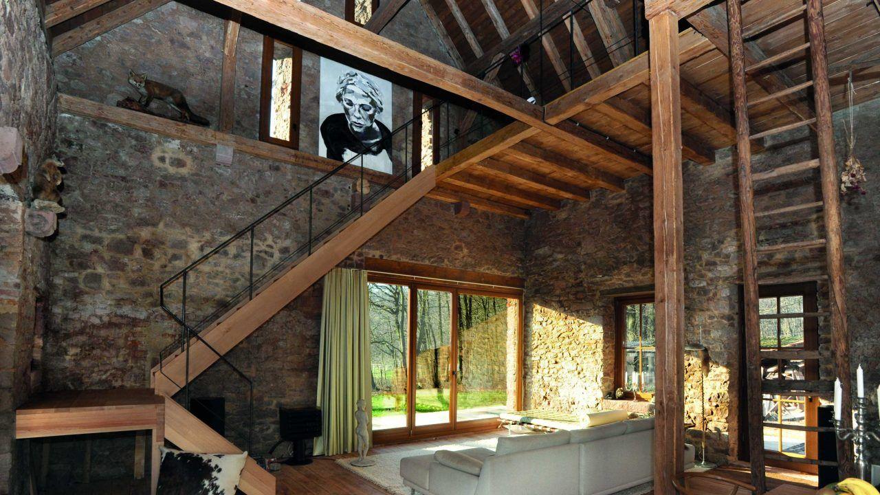 bund deutscher architekten wohnhaus in einer denkmalgesch tzten scheune umbau und sanierung. Black Bedroom Furniture Sets. Home Design Ideas